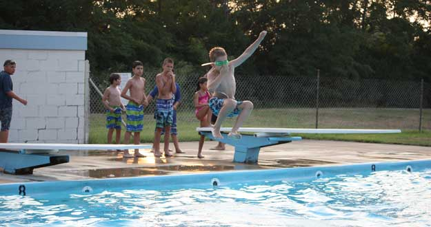 Dive Into Fun Strasburg Pool
